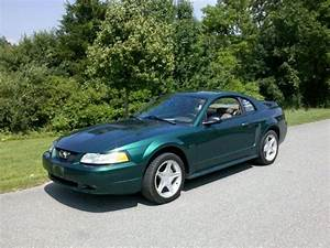 2000 Ford Mustang GT for Sale in Hinesburg, Vermont Classified | AmericanListed.com