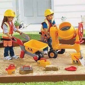 Construction Worker Role Play Holiday Gift Guide for