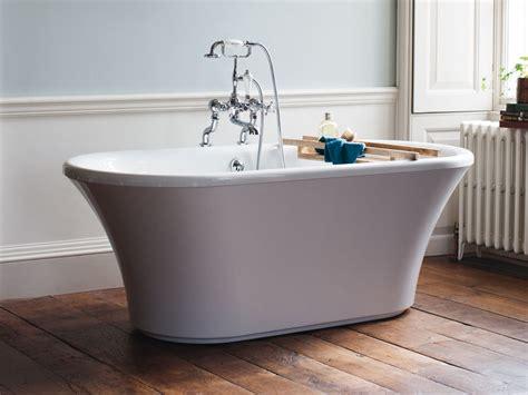 freistehende acryl badewanne freistehende badewanne sabadell acryl oval modern duo 170 cm gl 228 nzend