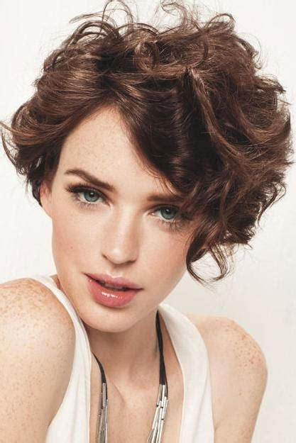 Curly Pixie Cut Hairstyles by Curly Pixie Cuts We Re Loving Right Now Southern Living