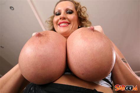 Laura Orsolya Will Show Her Massive Boobs Naked Porndoe