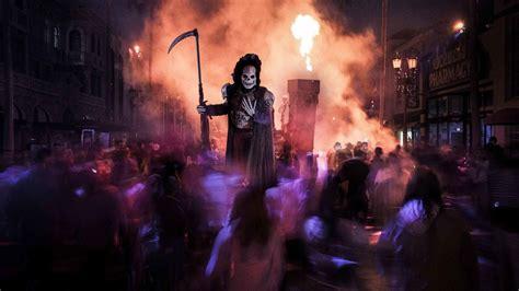 universal starting halloween horror nights  earlier