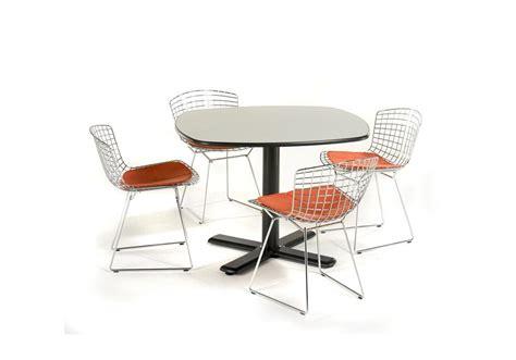 coussin chaise tulipe knoll bertoia chaise avec coussin milia shop