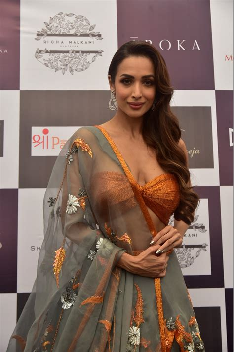 Born to a punjabi father and malayali catholic mother, malaika arora started as a mtv vj when mtv was launched in india. Malaika Arora Walk The Ramp As ShowStopper For Designer Kehia