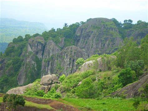 gunung sewu ditetapkan jadi geopark dunia  kabupaten