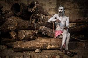 Aghori Baba Eating Human Body | www.pixshark.com - Images ...