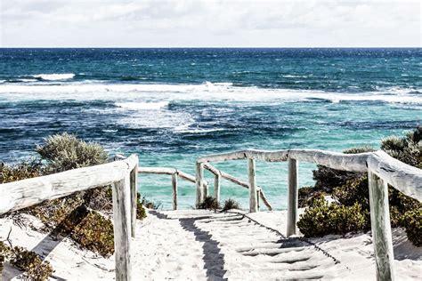 chambre vue sur mer tableau panoramique plage et océan tableau déco