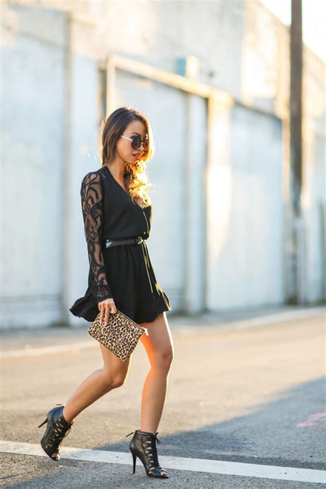 lace outfits ideas  lace trend  staying