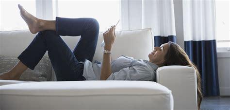 sur le canapé miser sur le canapé convertible pour les petits espaces