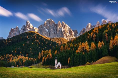 Massif Odle Forest Dolomites Val Di Funes Valley