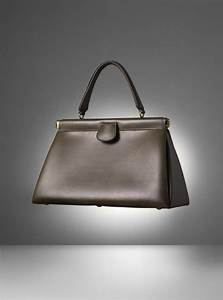 104 best forgetmenotpariscom images on pinterest clutch With canapé simili cuir taupe