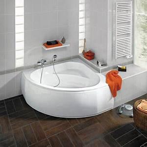 petite salle de bain 11 idees pratiques et deco deco cool With petite salle de bain avec baignoire d angle