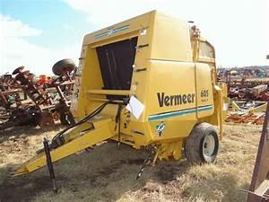 Lot   1667 Vermeer 605k Round Baler 540 Pto  Twine  Net