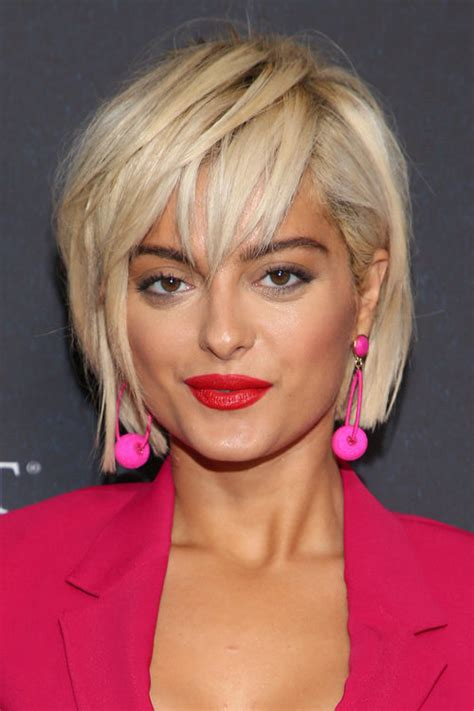 celebrity choppy layers hairstyles steal  style