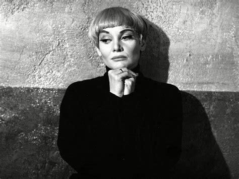 diane cilento actress  won oscar  tony nominations