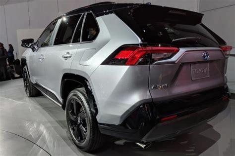 New 2019 Toyota Rav4 Suv Arrives At New York