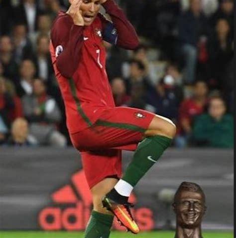 Memes De Cristiano Ronaldo - 161 bendito internet los memes del busto de cristiano ronaldo sopitas com