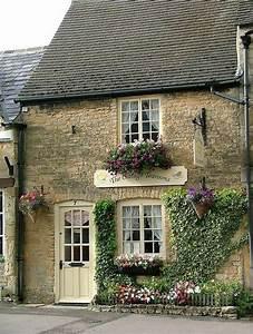 the cottage tea room,Ireland *゚'゚・ Britain