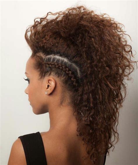 Mohawk Updo Hairstyles by Best 25 Faux Hawk Ideas On Braided Faux