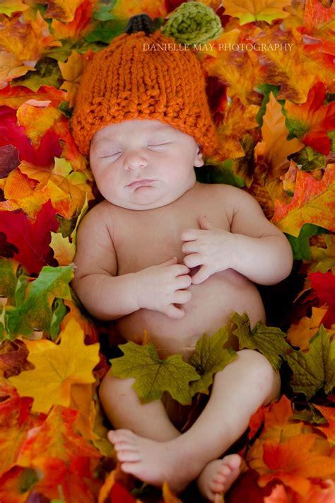 diy fall newborn photography prop     blanket