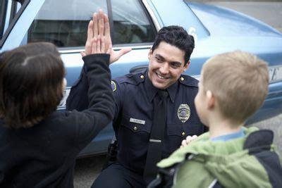 police  communication skills   effective leaders