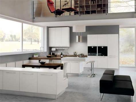 grande cuisine moderne 15 modèles de cuisine design italien signés cucinelube design feria