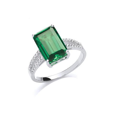 Stunning Silver Emerald Ring
