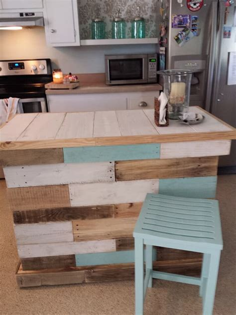 kitchen island from pallets 125 awesome diy pallet furniture ideas page 9 of 12 5071