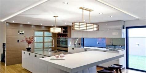 cucine con controsoffitto in cartongesso illuminare il controsoffitto in cartongesso idee moderne