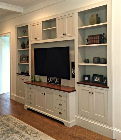 kitchens with oak cabinets pictures best 25 entertainment centers ideas on media 8797