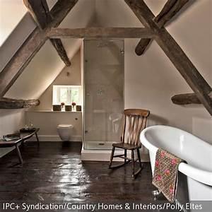 Badewanne Unter Dachschräge : badezimmer unter der dachschr ge freistehende badewanne ~ Lizthompson.info Haus und Dekorationen