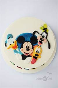 Wmf Kinderbesteck Mickey Mouse Friends : mickey and friends cake cherry red cake pinterest friends cake cake and mickey mouse cake ~ Bigdaddyawards.com Haus und Dekorationen