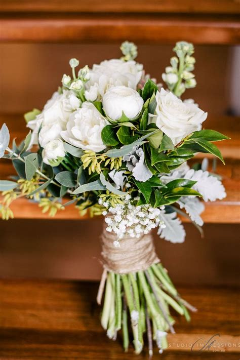 images  white wedding bouquet designs