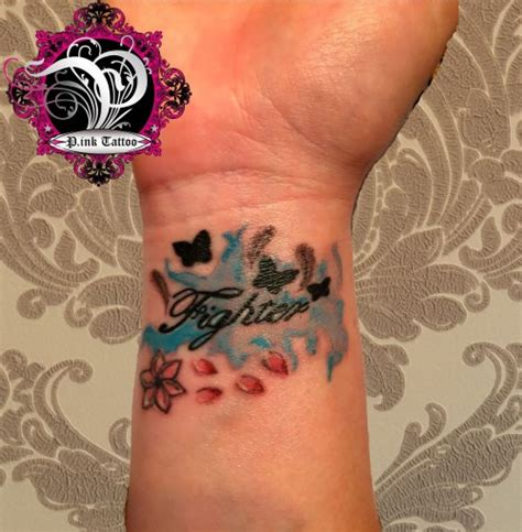 feder handgelenk feder tattoos entw rfe ideen und