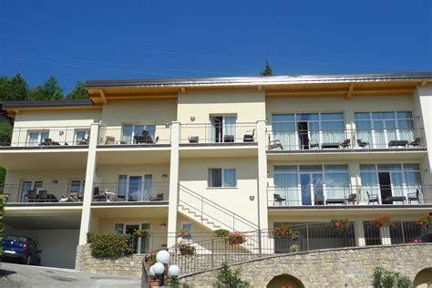 Moderne Holzdecken Preiswert Und Komfortabel by Zimmer Hotel Hotel Lucia