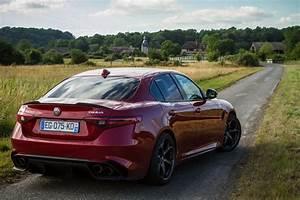 Essai Alfa Romeo Giulia : essai alfa romeo giulia quadrifoglio exterieur 123 le blog de viinz ~ Medecine-chirurgie-esthetiques.com Avis de Voitures