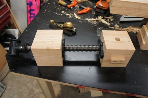 building  roubo bench  building  wagon vise