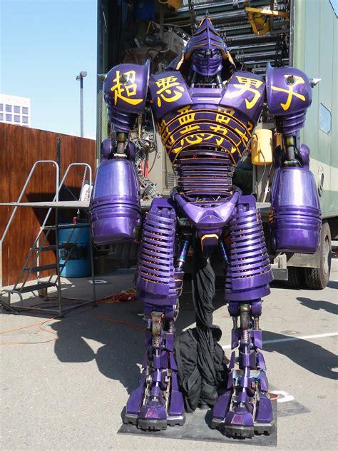 real steel noisy boy robot comic   jfer flickr
