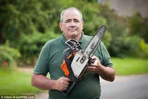 Man cuts arm to bone with chainsaw but is refused