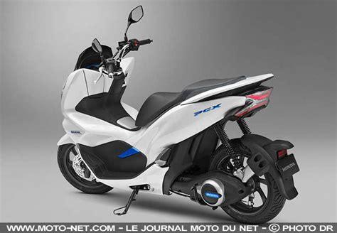 Honda Pcx Electric Hd Photo by 125 Honda Pcx 2018 Le Scooter Passe 224 L 233 Lectrique Et