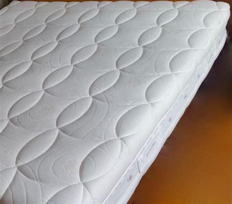 prezzi materasso permaflex materasso delice scontato 60 materassi