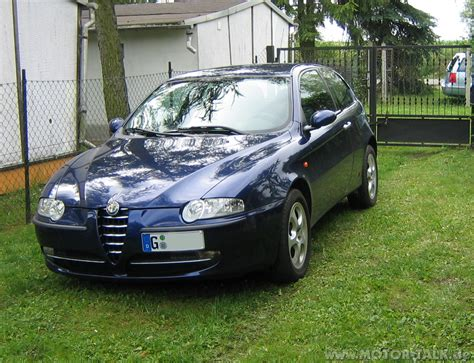 Alfa Romeo 147 1.6 Twin Spark. Photos And Comments. Www