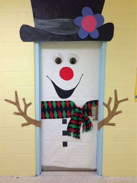 Winter Classroom Door Decorations by Awesome Classroom Decorations For Winter