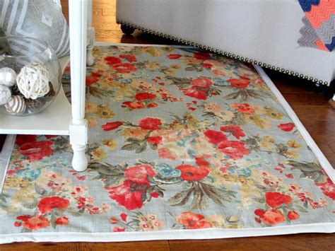 Diy Upholstery Fabric by How To Make A Rug From Upholstery Fabric How Tos Diy