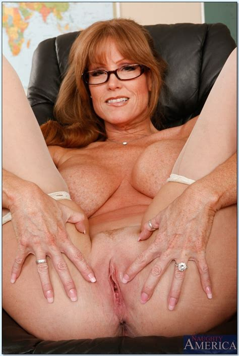 Bailey Brooks Ready For Action Milf Next Door Pic Porn Pic From Milf Spreading Legs Sex