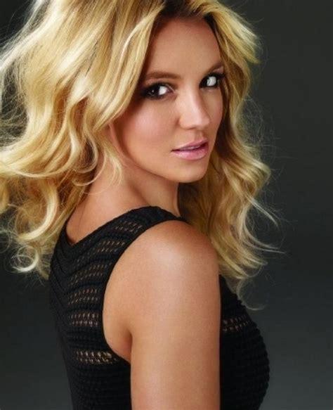 3 Britney Spears Hairstyles: Blonde Hair   PoPular Haircuts
