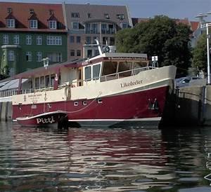Wer Baut Garagentore Ein : viele bauen ein haus aber wer baut schon ein schiff ms likedeeler privater eigenbau 5 jahre ~ A.2002-acura-tl-radio.info Haus und Dekorationen