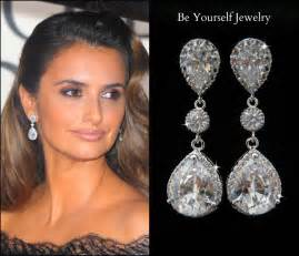 earrings for bridesmaids teardrop bridal earrings white by beyourselfjewelry