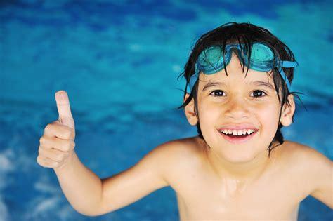 Children's Learn To Swim  Wolverton Leisure Trust