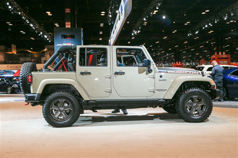 2017 jeep wrangler 2017 jeep wrangler rubicon recon looks trail ready in
